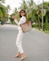 bag,shoulder bag,sandal heels,white pants,white blouse