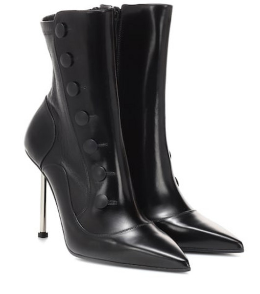 Alexander McQueen Victorian leather ankle boots in black