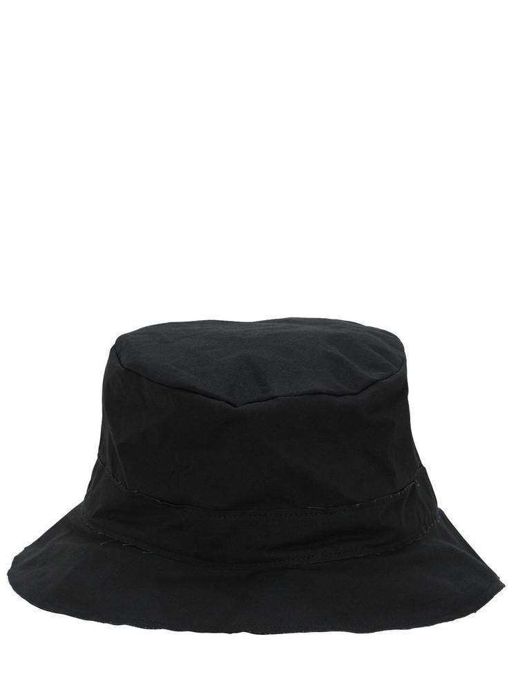 SCHA Waxed Cotton Bucket Hat in black