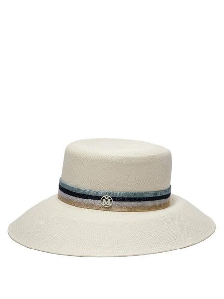 new hat straw hat white
