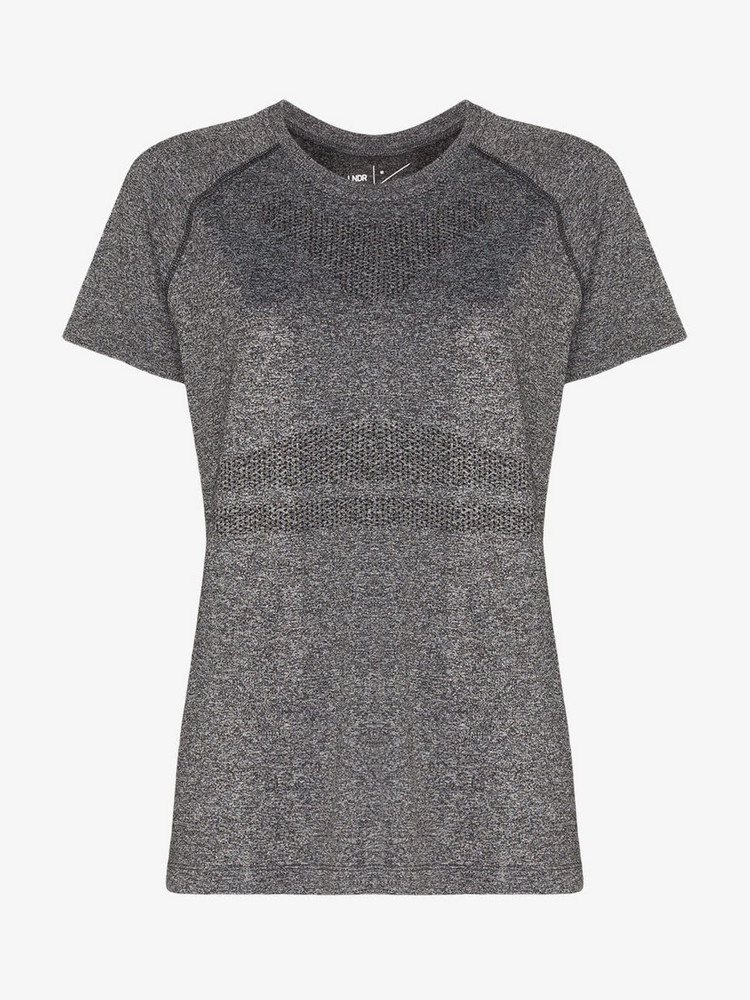 Lndr Quest performance T-shirt in grey