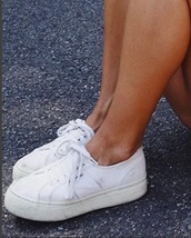 shoes,canvas shoes,white shoes,lace-up shoes,platform shoes,slip on shoes,platform sneakers