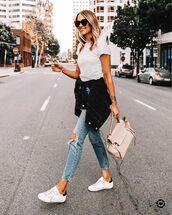 jeans,skinny jeans,white sneakers,denim jacket,black jacket,bag