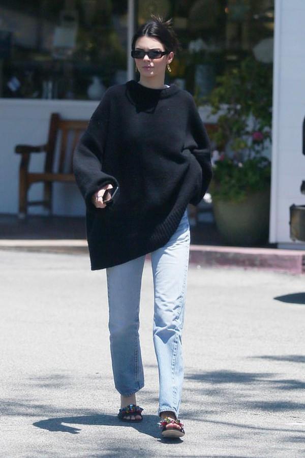 shoes oversized sweater kendall jenner kardashians celebrity model off-duty mules