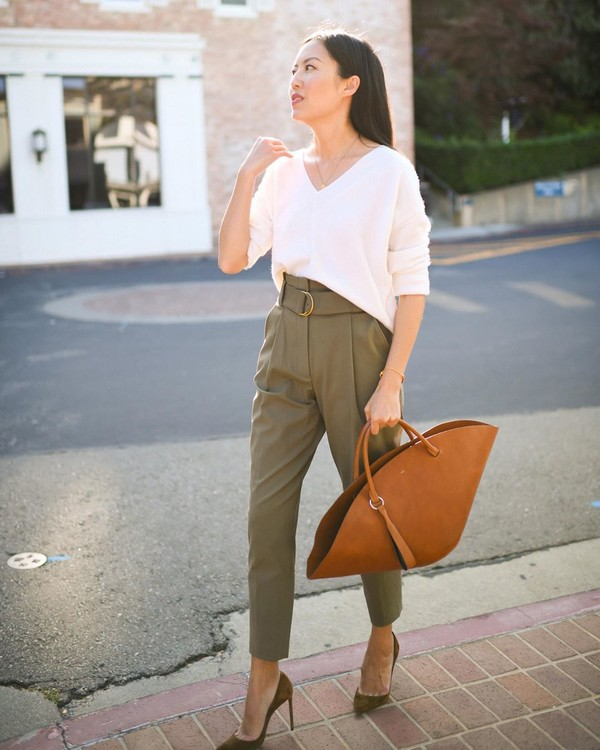 shoes pumps high waisted pants white blouse brown bag