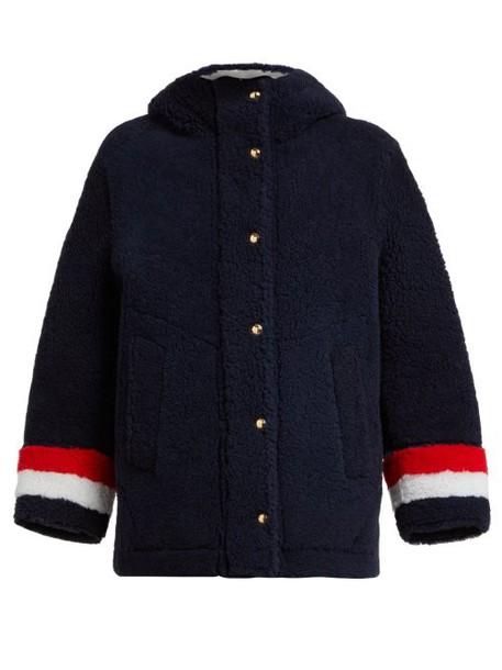 Thom Browne - Reversible Hooded Shearling Jacket - Womens - Navy Multi