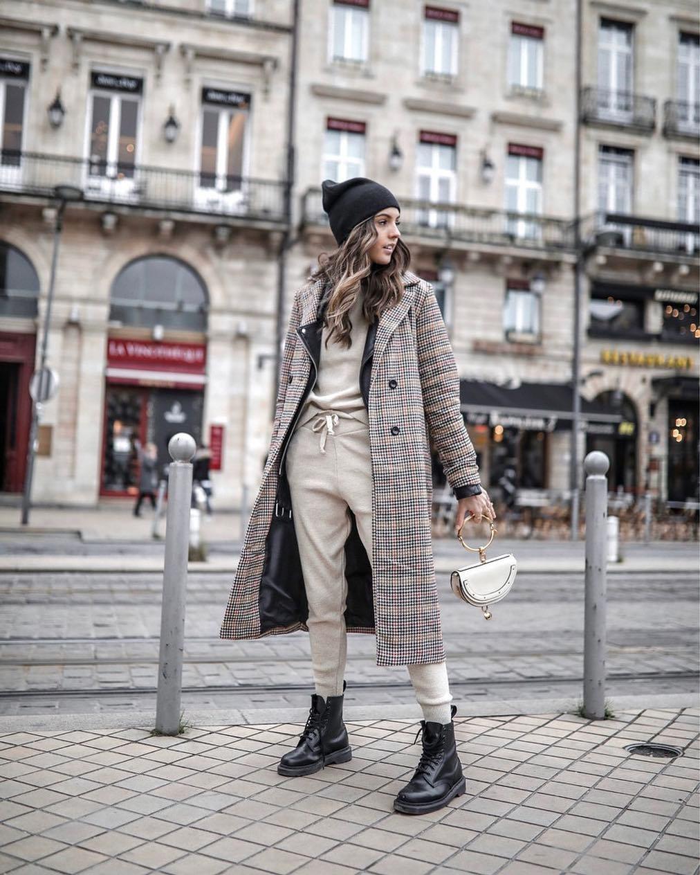 coat plaid coat double breasted long coat plaid black boots lace up boots tracksuit black leather jacket black beanie handbag