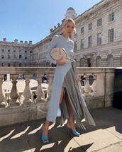 top,long sleeves,asymmetrical skirt,pleated skirt,sandal heels,bag