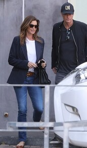 jacket,navy,Navy blazer,celebrity,cindy crawford,streetstyle,fall outfits