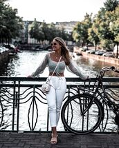 top,crop tops,floral,slide shoes,white top,white bag