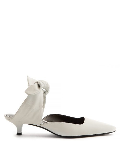 The Row - Coco Leather Kitten Heel Mules - Womens - White