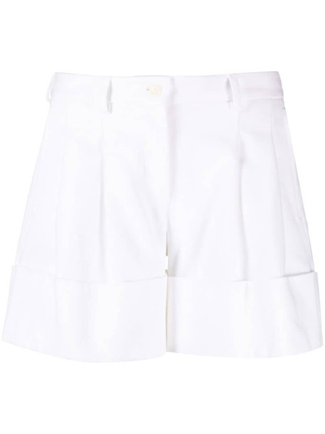 Jejia tailored fitted shorts in white