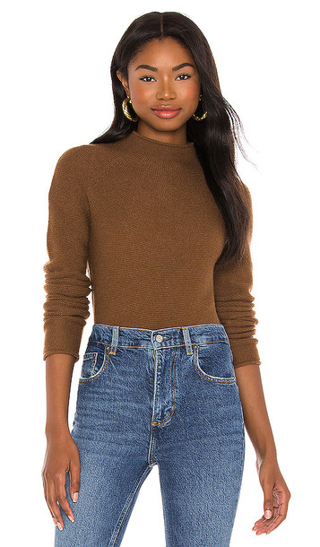 Theory Seamless Cashmere Turtleneck in Brown