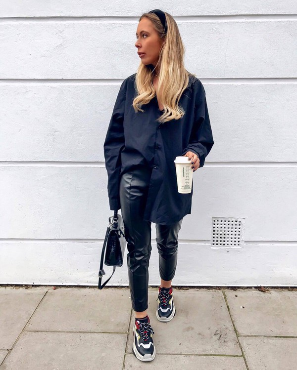 pants black leather pants cropped pants sneakers shirt shoulder bag