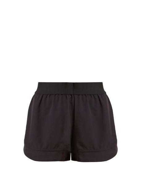 shorts print black