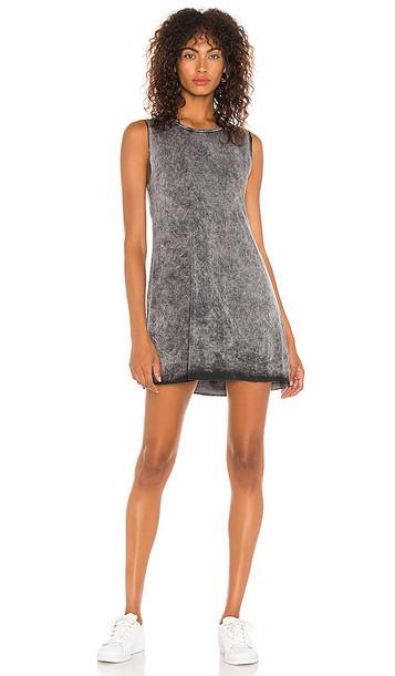Michael Lauren Gilly Dress in Grey