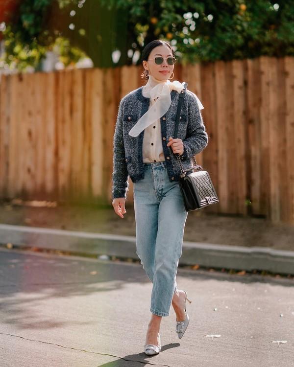 jacket cropped jacket mom jeans shirt black bag mules