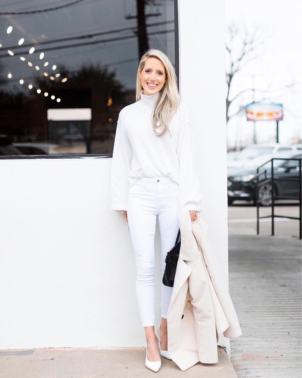 sweater turtleneck sweater white sweater white jeans skinny jeans white shoes pumps coat black bag