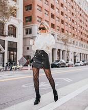 skirt,black skirt,slit skirt,black boots,platform boots,tights,white sweater,turtleneck sweater,black bag,leather skirt