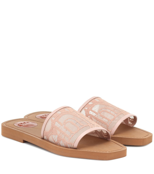 Chloé Exclusive to Mytheresa – Woody lace-trimmed slides in pink