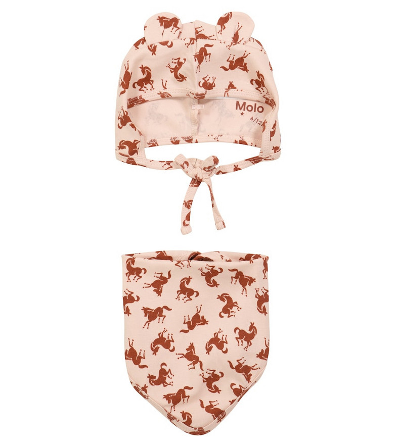 Molo Nilo hat and bib set in pink