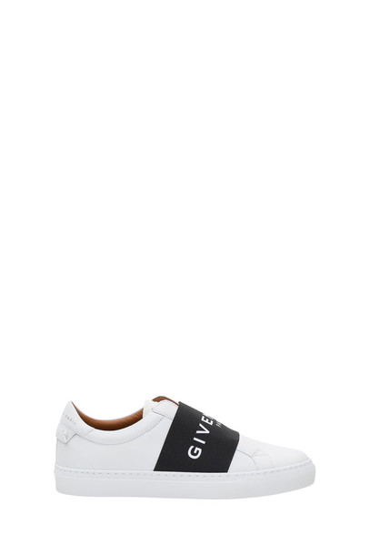 Givenchy Urban Street Sneakers in bianco