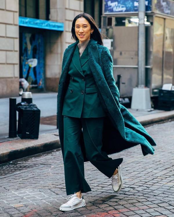 coat faux fur coat green coat wide-leg pants blazer double breasted white sneakers turtleneck sweater