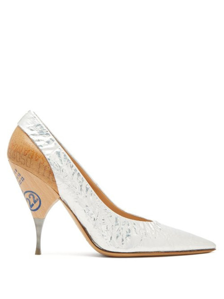 Maison Margiela - Logo Print Wooden Heel Metallic Leather Pumps - Womens - Silver