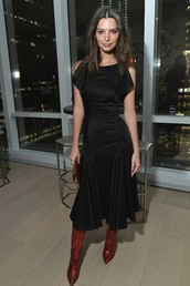 shoes,red boots,emily ratajkowski,model off-duty,midi dress,black dress,celebrity