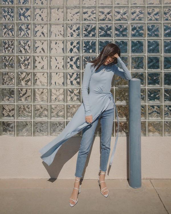 top long sleeves cropped jeans skinny jeans sandal heels