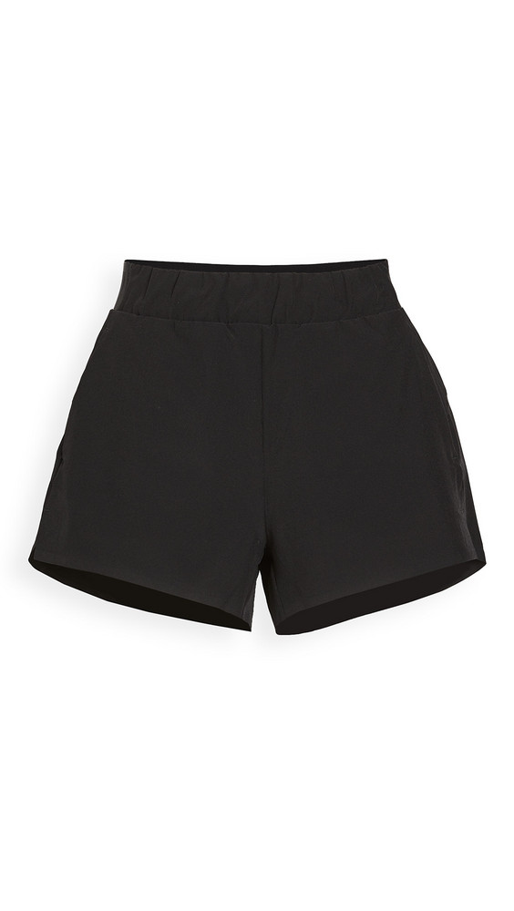 LNDR Sprint Shorts in black