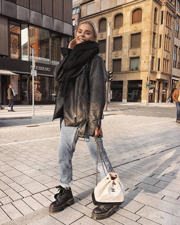 bag chanel bag white bag black boots lace up boots combat boots cropped jeans boyfriend jeans black leather jacket oversized jacket scarf