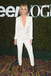 jacket,pants,white blazer,blazer,suit,celebrity,annalynne mccord