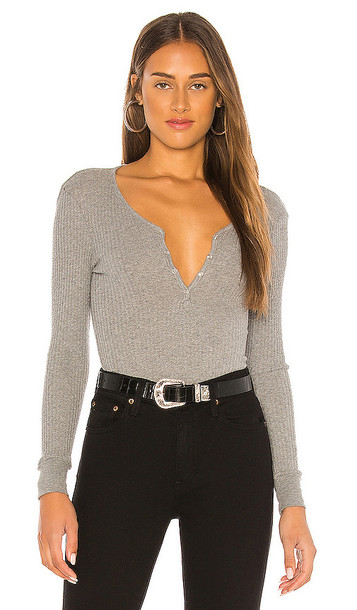 Enza Costa Cashmere Blend Long Sleeve Henley Top in Grey