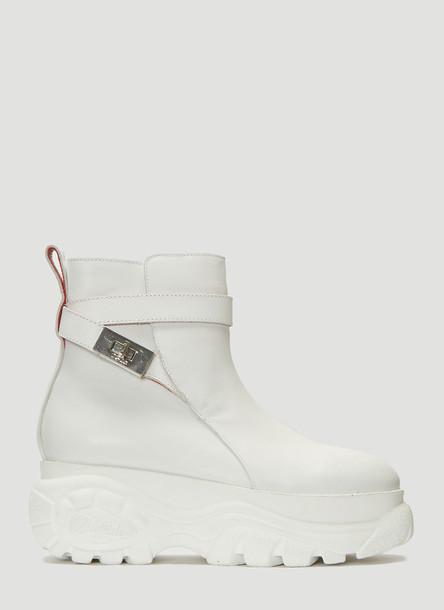 032C X Buffalo London Jodhpur Boots in White size EU - 38