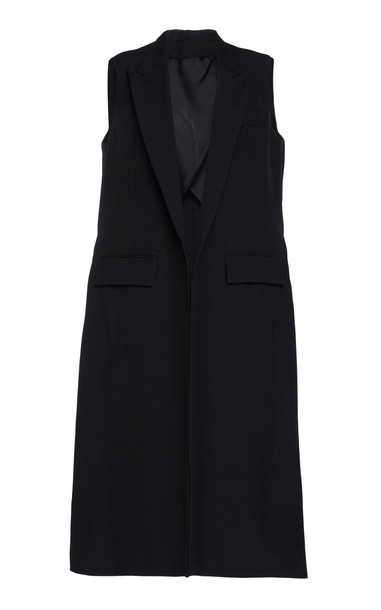 AMI Sleeveless Elongated Vest in black