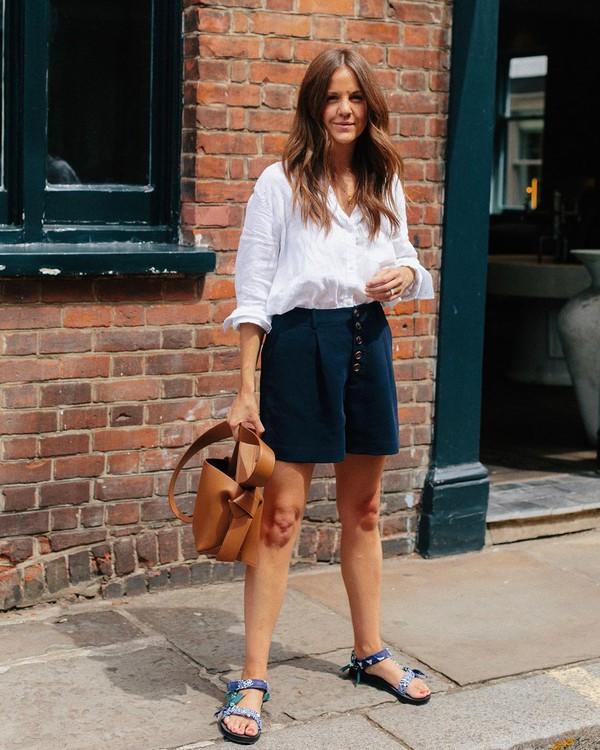 shorts High waisted shorts flat sandals brown bag white shirt
