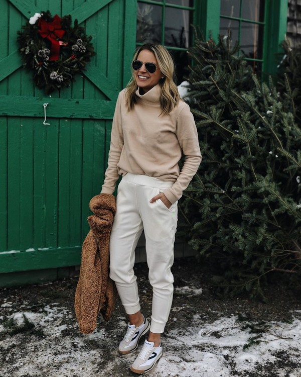 sweater turtleneck white pants joggers white sneakers teddy jacket