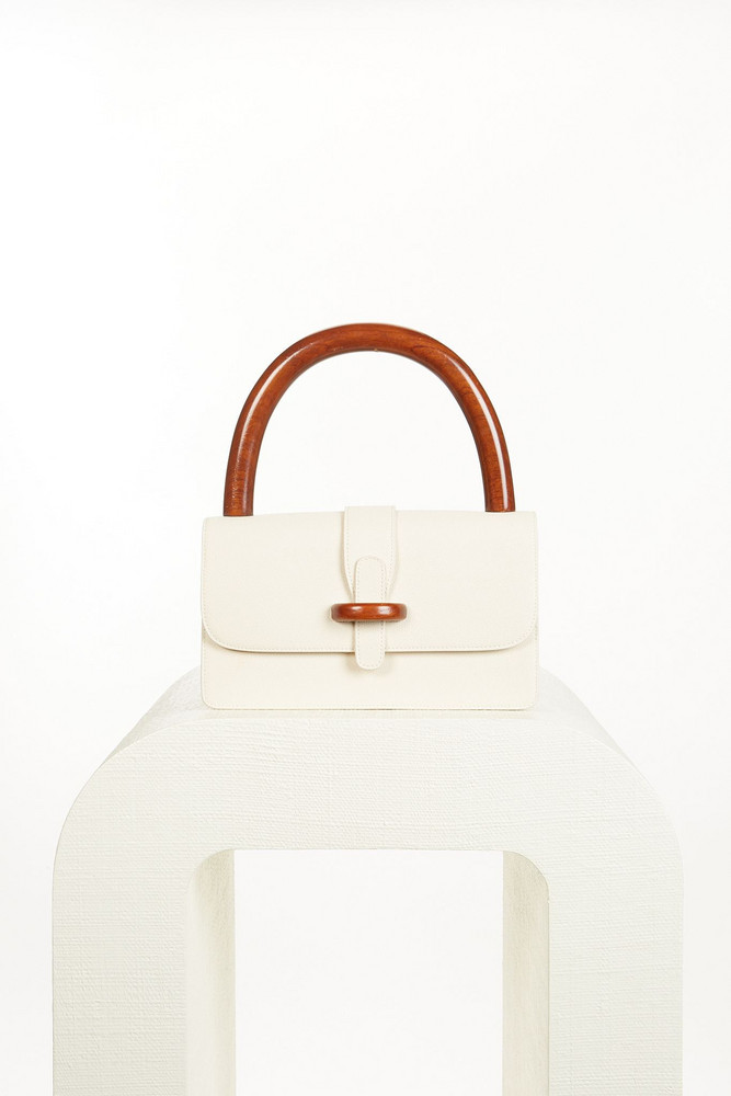 Cult Gaia Tate Shoulder Bag - Off White (PREORDER)                                                                                               $398.00