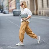 pants,cargo pants,sneakers,white blouse,bag