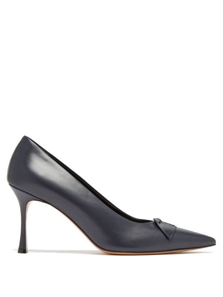 The Row - Champagne Point Toe Leather Pumps - Womens - Navy