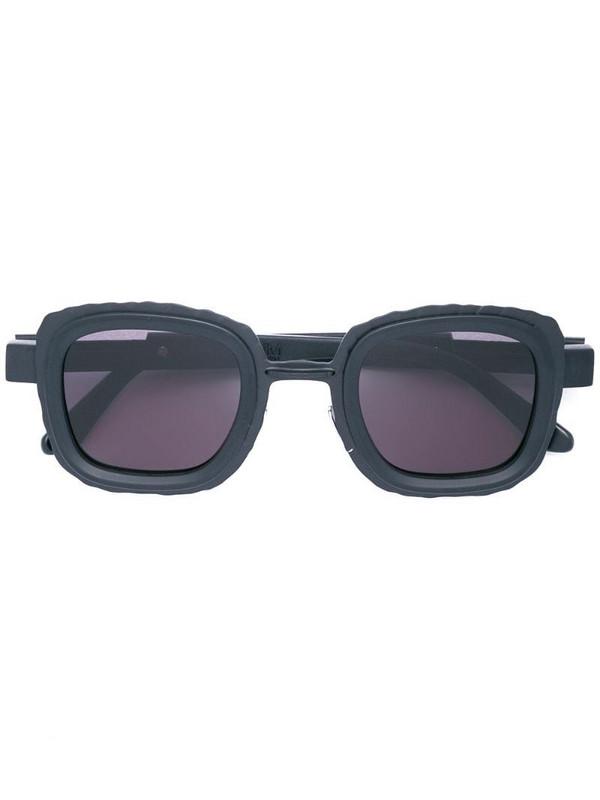 Kuboraum bold frame sunglasses in black