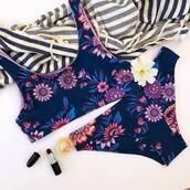 swimwear,blue swimwear