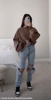 sweater,brown,cropped sweater,top,sweatshirt,hoodie