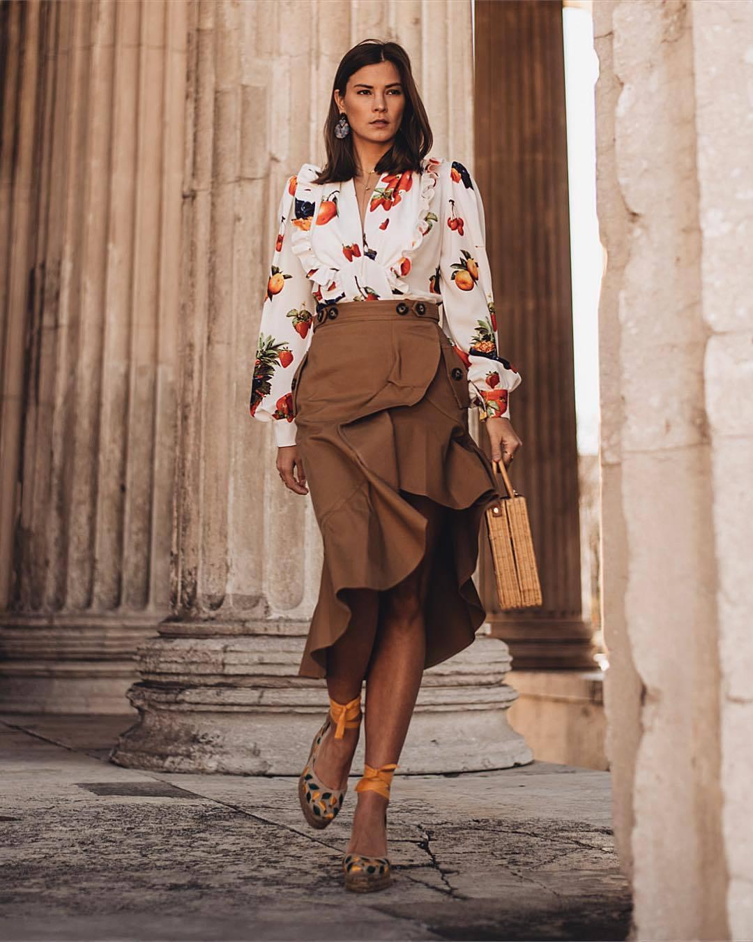 skirt midi skirt wrap skirt high waisted skirt platform shoes white blouse handbag wood