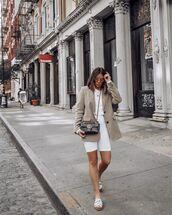 jacket,blazer,white leggings,white t-shirt,crop tops,slide shoes,gucci bag,black bag