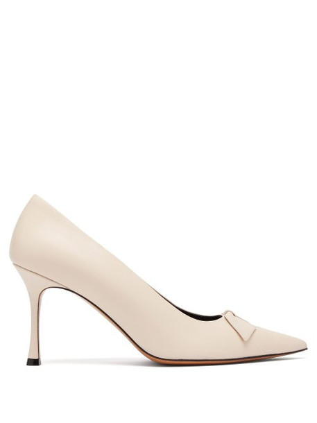 The Row - Champagne Point Toe Leather Pumps - Womens - White