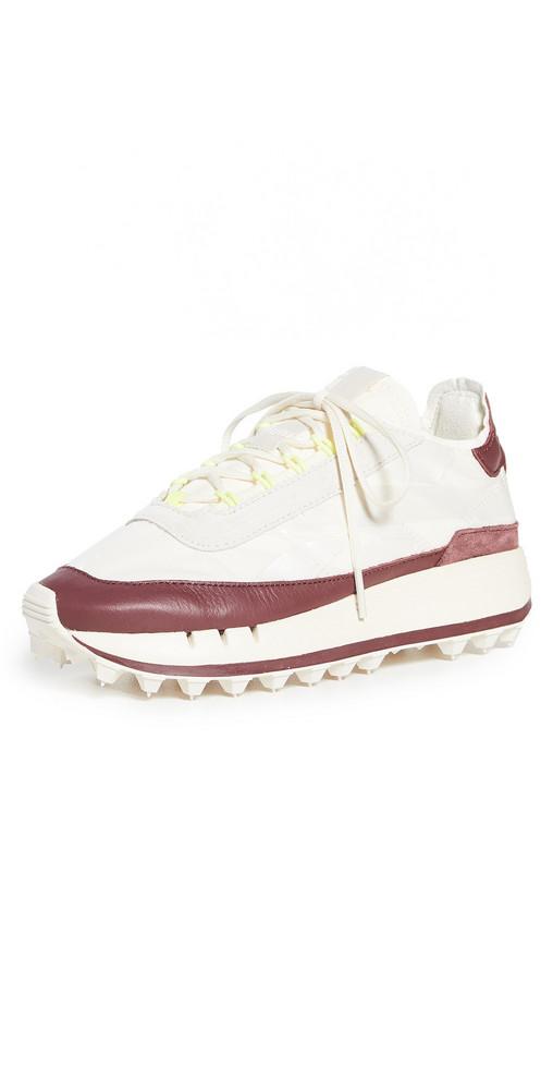 Reebok Reebok Legacy 83 Sneakers in red / white