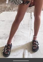 shoes,black sandals,chain sandals,black and sliver sandalll,platform sandals