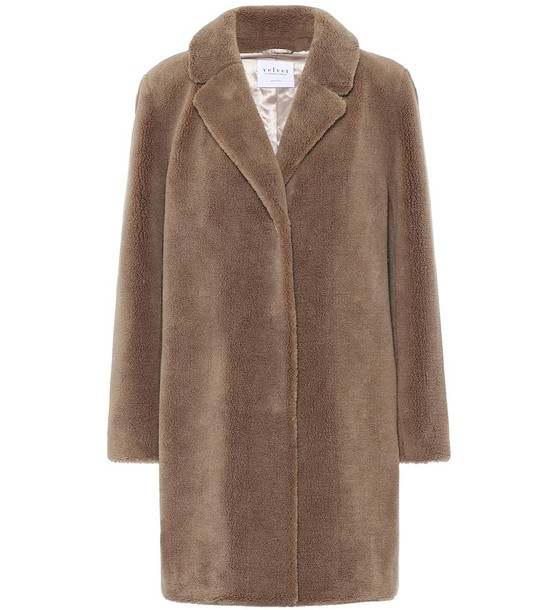 Velvet Trishelle faux fur coat in brown